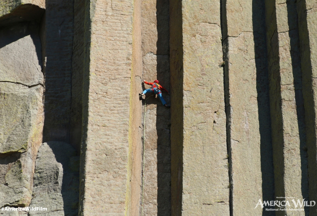 Climbing Devils Tower National Monument